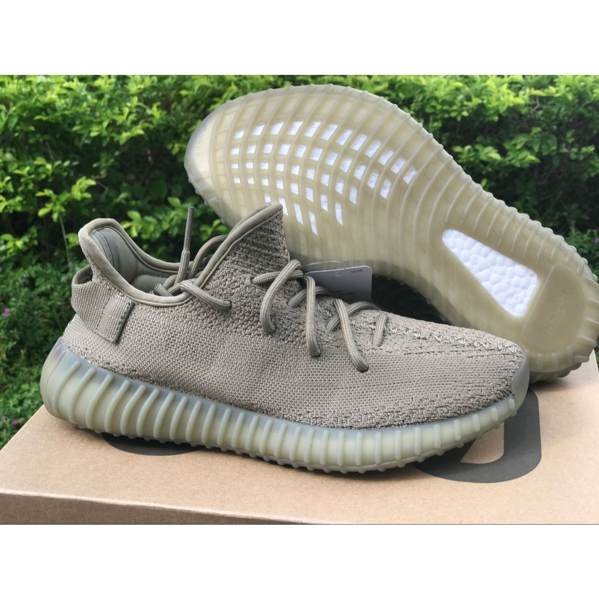 huge selection of 59146 c8704 Adidas YEEZY BOOST 350 V2 DARK GREEN Shoes