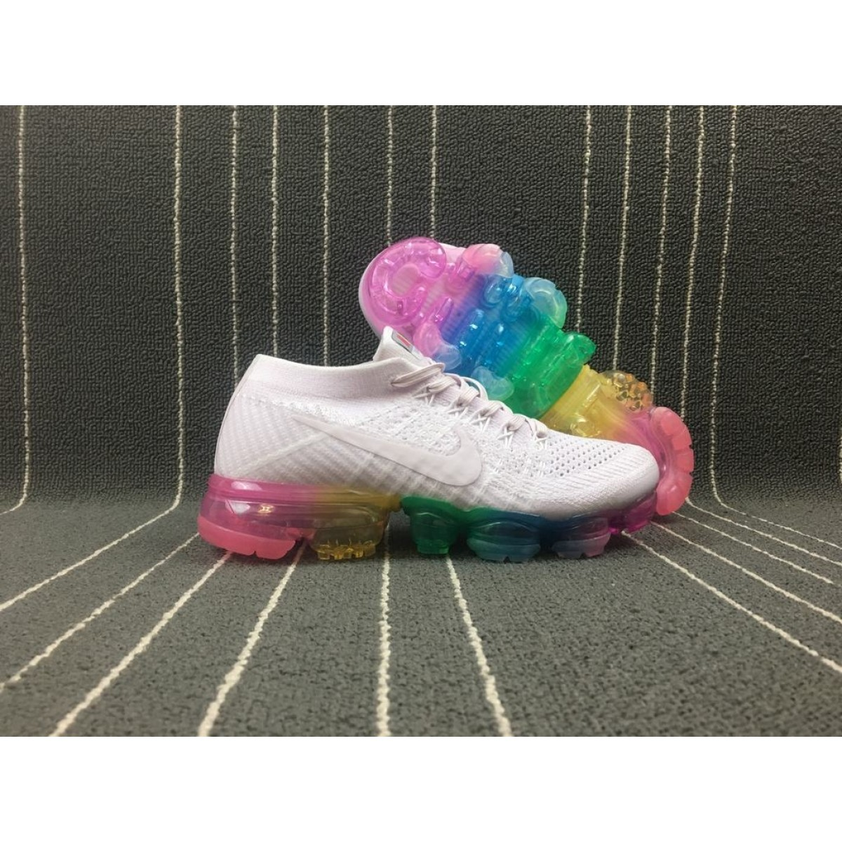 the latest 45203 69b3c Nike Air VaporMax Flyknit 2018 Light Violet Clair Shoes
