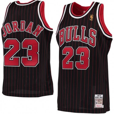 NBA Bulls 23 Michael Jordan Mitchell & Ness Black 1996-97 Hardwood Classics Men Jersey
