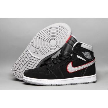 Air Jordan 1 Mid Black Shoes