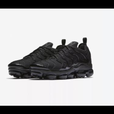 Nike Air Vapormax Plus Triple Black Shoes