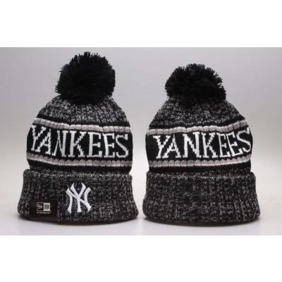 MLB Yankees Fresh Logo Black Knit Hat With Pom YP