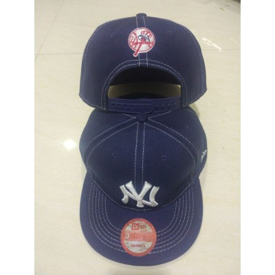 MLB Yankees Team Logo Navy Adjustable Hat LT